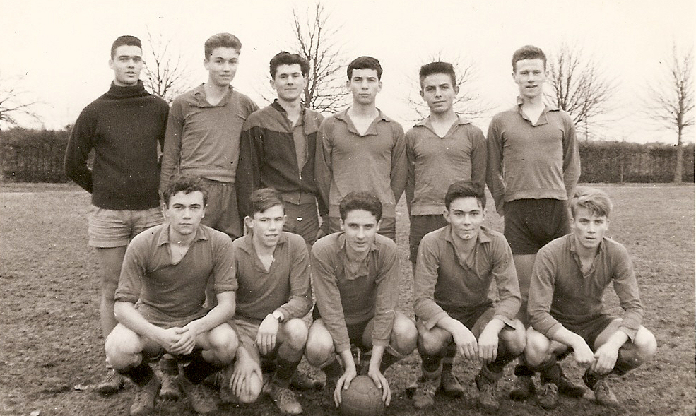 1957 58 Equipe foot collège